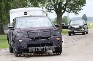 2016-honda-ridgeline-spy-shot-front-three-quarters-4